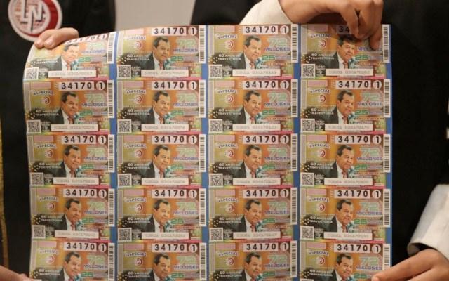 Develan billete de lotería en homenaje a trayectoria de Muñoz Ledo - loteria muñoz ledo