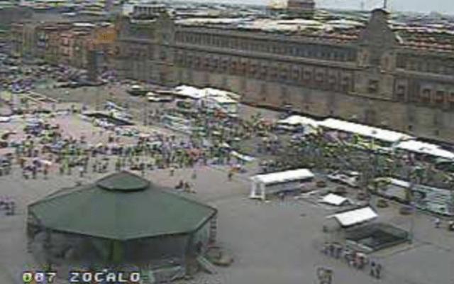 Campesinos se manifiestan frente a Palacio Nacional - Foto de @OVIALCDMX