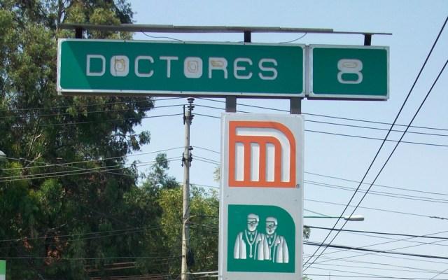 Muere mujer al ser arrollada por el Metro en la estación Doctores - metro doctores