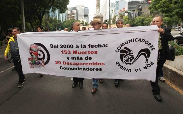 Marchan en la Ciudad de México contra violencia a periodistas - Periodistas marcha Ciudad de México violencia