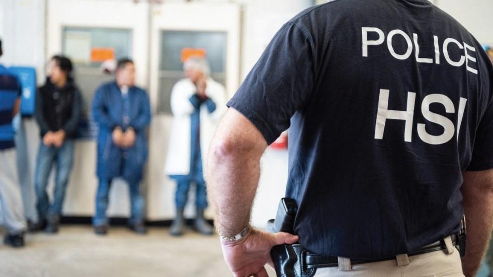 Migrantes temen perder sus empleos tras redada en Mississippi - EE.UU. deporta a más de 2 millones de mexicanos en 10 años