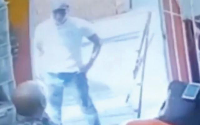 #Video Robo a empleados de ferretería en Irapuato - Captura de pantalla