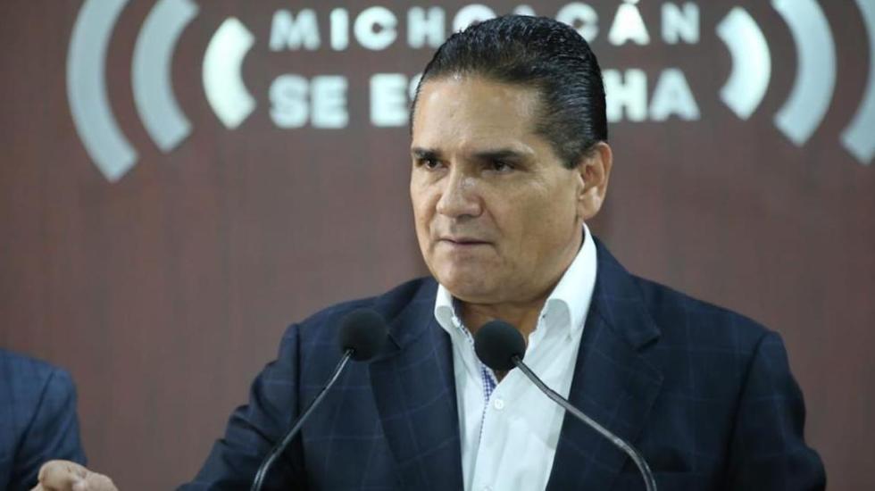 Silvano Aureoles en conferencia de prensa. Foto de @Silvano_A