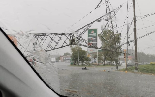 Tromba colapsa torre de alta tensión en Escobedo, Nuevo León - Torre alta tensión Nuevo León