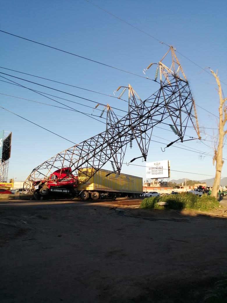 trailer poste de luz texcoco