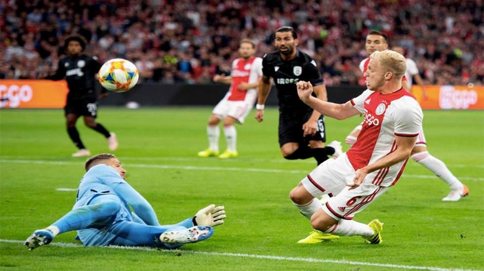 """""""Hay bastantes probabilidades de que me quede en el Ajax"""": van de Beek - van de beek ajax"""