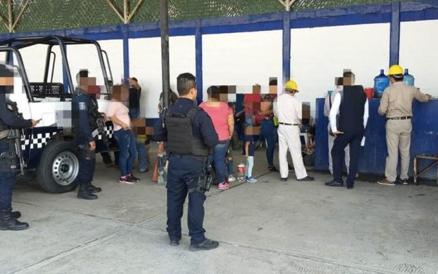 Rescatan a 43 centroamericanos en hotel de Veracruz - Veracruz centroamericanos rescatados hotel