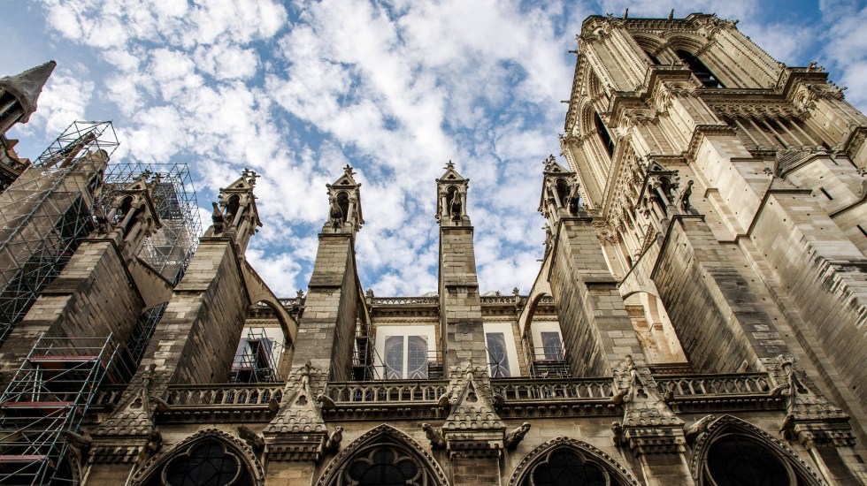 Inician limpieza de plomo en alrededores de catedral de Notre-Dame - Vista exterior norte de la catedral de Notre-Dame. Foto de EFE