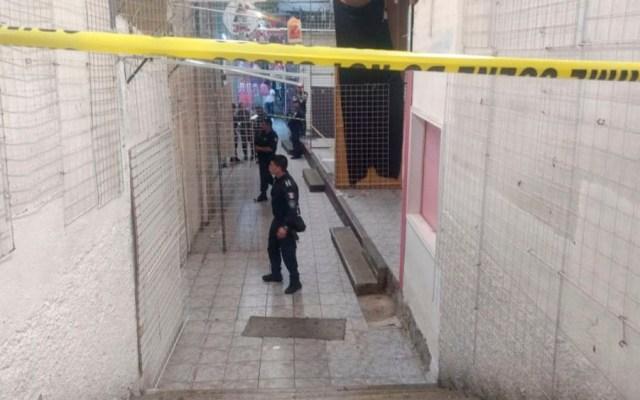 Asesinan a dos comerciantes en plaza comercial de Cuernavaca - Asesinan a dos comerciantes en plaza comercial de Cuernavaca