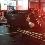 Cae auto del segundo piso de Periférico; hay un muerto y dos heridos