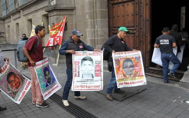 """No habrá """"borrón y cuenta nueva"""" en Caso Ayotzinapa: Encinas - Ayotzinapa Palacio Nacional"""