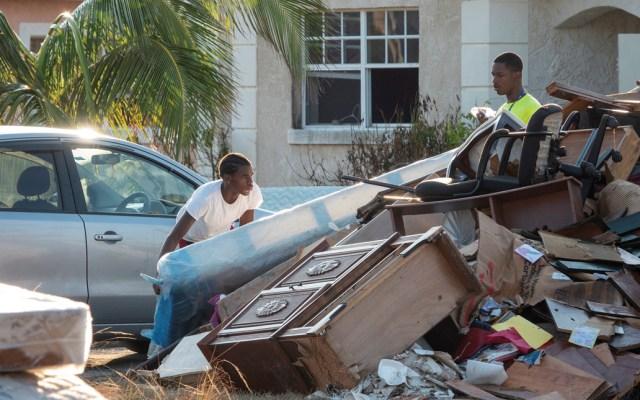 Reducen a mil 300 el número de desaparecidos en Bahamas por Dorian - Foto de EFE