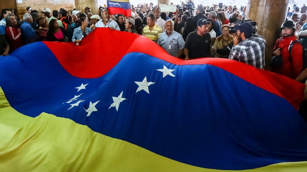 Partidos opositores de Venezuela rechazan participar en próximas elecciones - Bandera de Venezuela. Foto de EFE