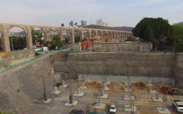 Construcción de conjunto comercial amenaza al Acueducto de Querétaro: Sergio Venegas - Foto de Plaza de Armas