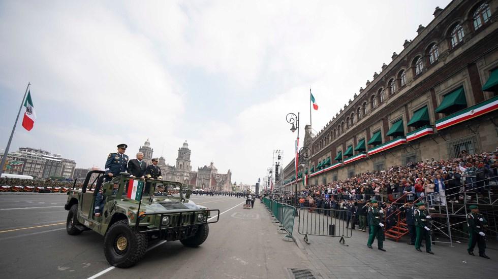 Grito de Independencia y Desfile Militar se realizarán sin público debido a la pandemia - El presidente Andrés Manuel López Obrador, durante el Desfile Cívico Militar. Foto de Notimex/ Presidencia de la República.