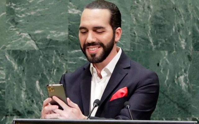 Presidente de El Salvador se toma selfie en la Asamblea General de Naciones Unidas - Presidente de El Salvador. Foro de EFE