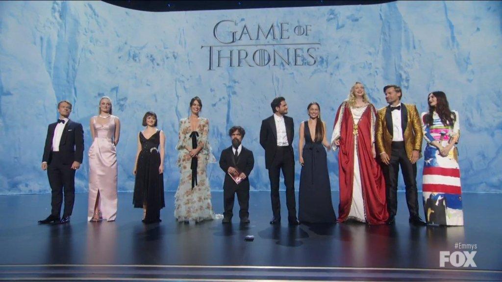 Game of Thrones se despide sobre el escenario de los Emmy - Foto Captura de Pantalla de Fox.