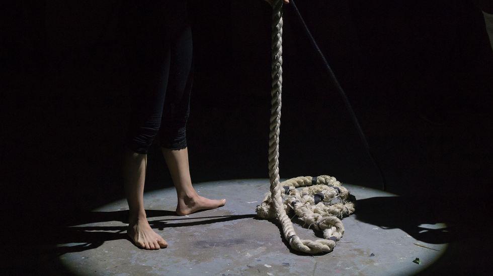 OMS busca reducir suicidios con la ayuda de Hollywood - Photo by Eva Blue on Unsplash