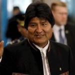 Evo Morales pide a López Obrador viajar a México
