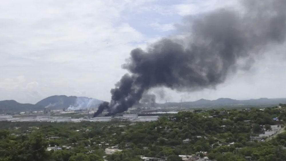 Explota tanque de diésel en refinería de Salina Cruz. Noticias en tiempo real