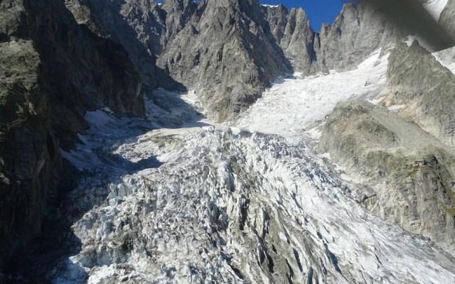 Un glaciar del Mont Blanc a punto de colapsar - Foto de EFE