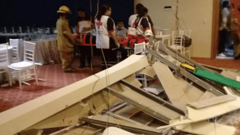 Cae techo durante boda en Jalisco; hay al menos 12 lesionados - Foto de Protección Civil Jalisco