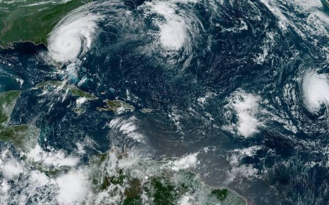 Huracán Dorian avanza hacia costa sureste de Florida y amaga a Carolinas - Foto de EFE