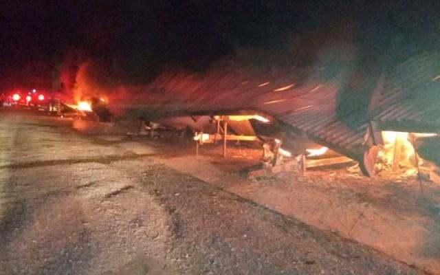 #Video Incendio consume 22 embarcaciones en club de Nuevo León - Incendio consume 22 embarcaciones en club de Nuevo León