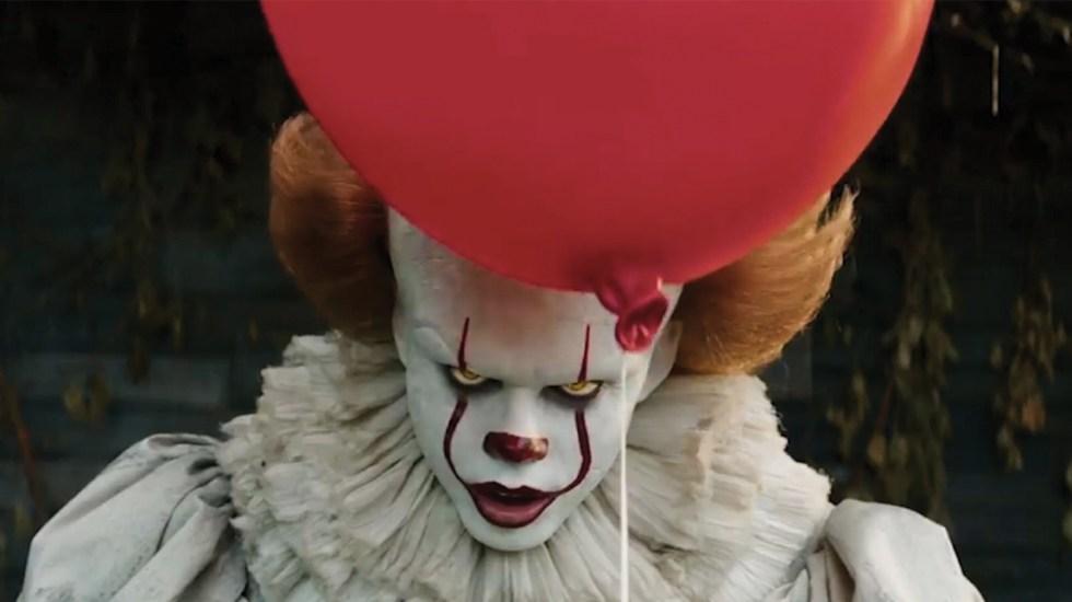 Darán mil 300 dólares a quien vea 13 películas de Stephen King antes de Halloween - Foto de internet