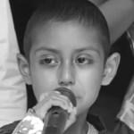 Murió Jonathan, niño con cáncer que cumplió sueño de conocer el mar