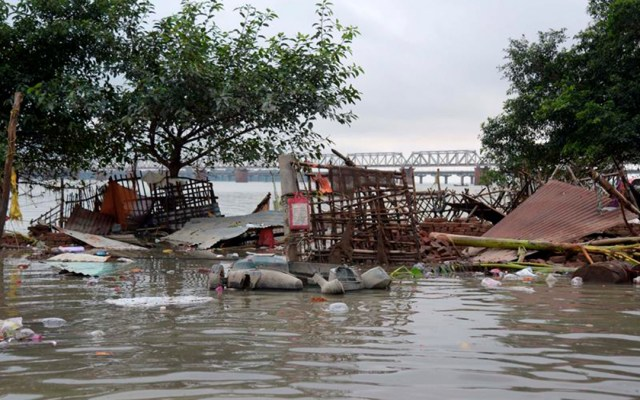 Lluvias e inundaciones dejan al menos 130 muertos en India - lluvias e inundaciones en la india dejan 130 muertos