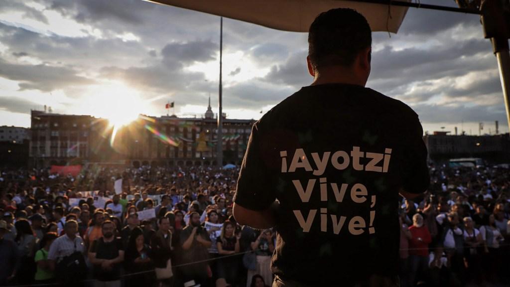Se cayó la 'Verdad Histórica' porque se cayeron los casos, explica Gertz Manero - Marcha Ayotzinapa Ciudad de México