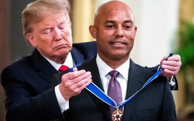 Mariano Rivera recibe máxima condecoración de EE.UU. de manos de Trump - Foto de EFE