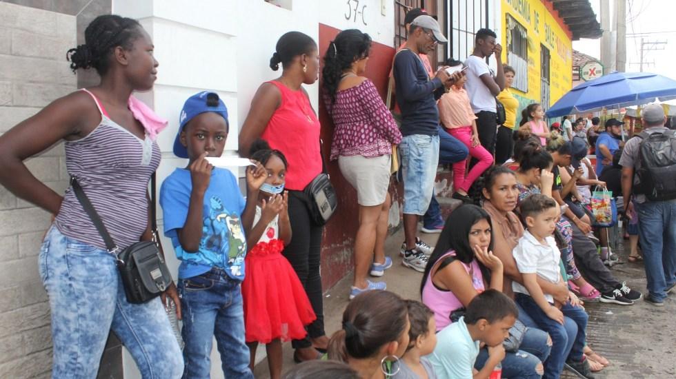 México ya es opción de migrantes para vivir, afirma Redodem - Migrantes en Tapachula, Chiapas, en México. Foto de EFE