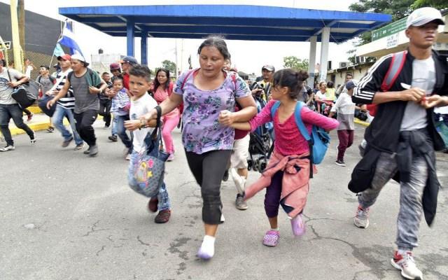 Migrar a EE.UU. cuesta 11 mil 500 dólares a centroamericanos - Migrantes centroamericanos. Foto de EFE