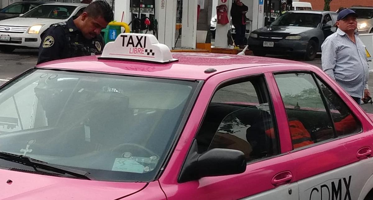 Muerte de hombre a bordo de taxi de la Ciudad de México. Foto Especial