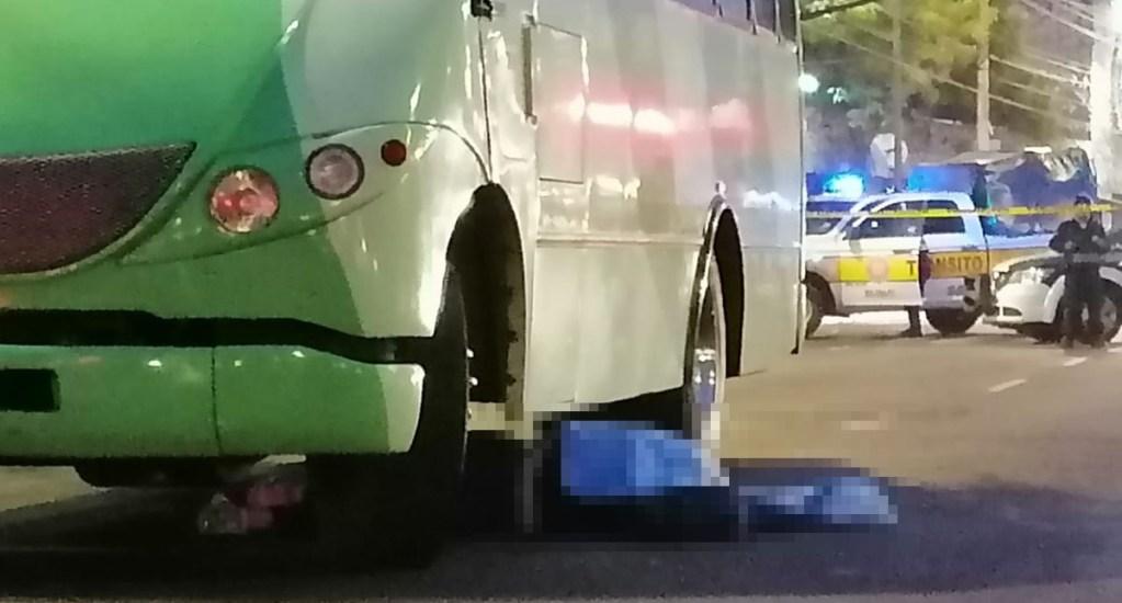 Mujer muere atropellada por camión de transporte público en Universidad - Mujer atropellada por transporte público de la CDMX. Foto de @antonioaranda_