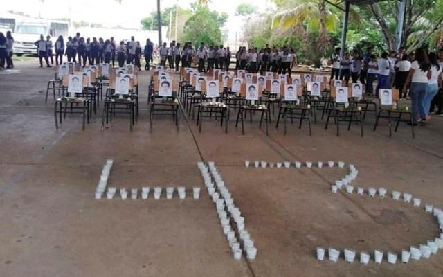 Alumnos y maestros de México se solidarizan con Normal de Ayotzinapa - normal ayotzinapa