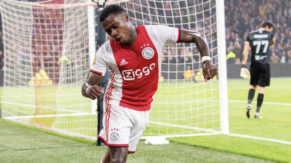 Ajax golea al Fortuna y es líder de la Eredivisie - Foto de @AFCAjax