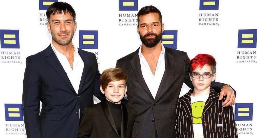 Ricky Martin anuncia que él y su esposo esperan a su cuarto hijo - Ricky Martin con su esposo y dos primeros hijos en la Cena Nacional de la Campaña de Human Rights. Foto de @ricky_martin