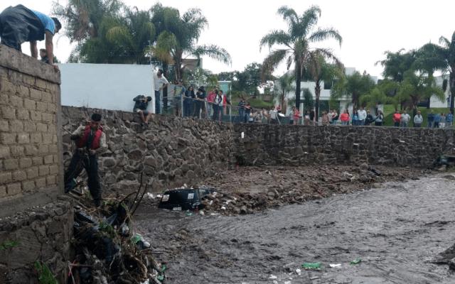 Lluvias en Tlajomulco de Zúñiga, Jalisco, dejan dos mujeres muertas - Foto de Protección Civil Jalisco