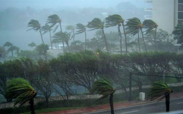 La tormenta tropical Humberto se aleja de Bahamas - La tormenta tropical Humberto continúa alejándose de Bahamas. Foto de EFE