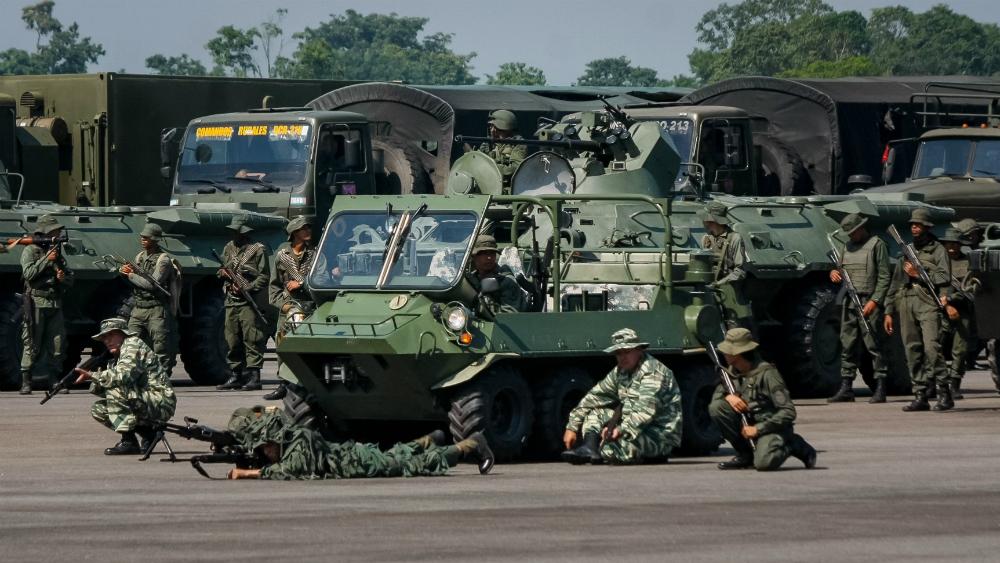 Venezuela inicia ejercicios militares al desplegar tropas en límites con Colombia. Noticias en tiempo real