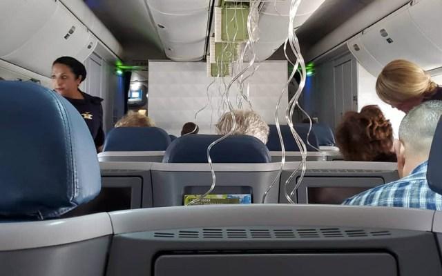 Terror en vuelo de Delta al caer repentinamente 30 mil pies - Vuelo Delta caída