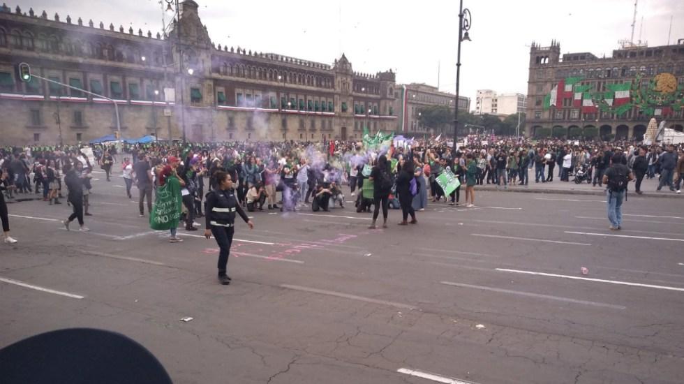 Se registran actos vandálicos en marcha pro aborto en la Ciudad de México - Foto de @ticul_csr