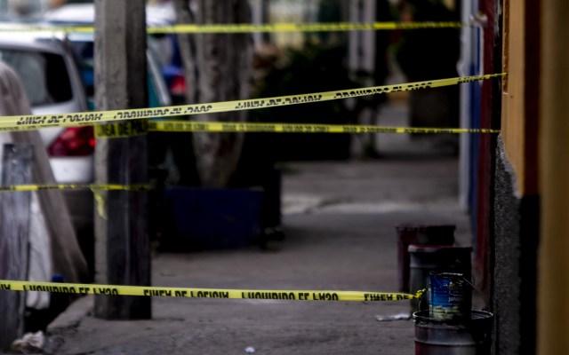 México es primer lugar en ranking de mercados delictivos - Escena del crimen acordonada en la alcaldía Iztapalapa. Foto de Notimex