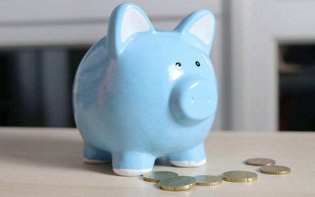 Iniciativa de AMLO sobre pensiones busca tope a comisiones por manejo de Afores - Ahorro crédito dinero