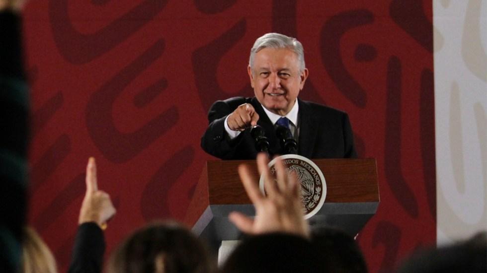 """""""Ríndanse, los tenemos rodeados"""": López Obrador a corruptos - amlo corruptos"""