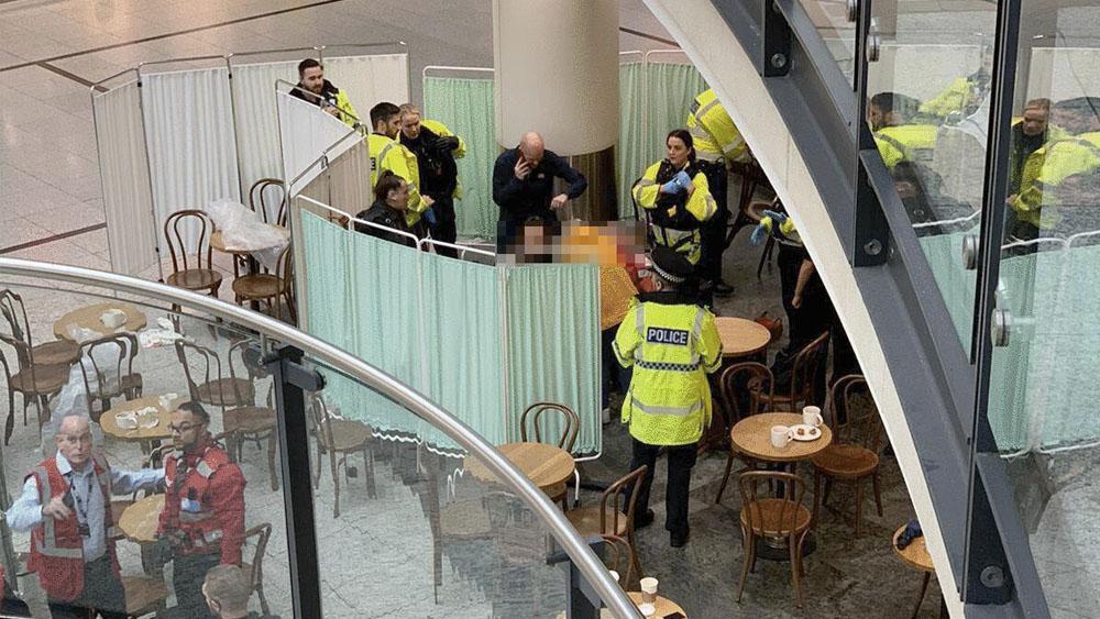 Ataque con cuchillo deja cuatro heridos en centro comercial de Manchester - Ataque con cuchillo deja cuatro heridos en centro comercial de Manchester
