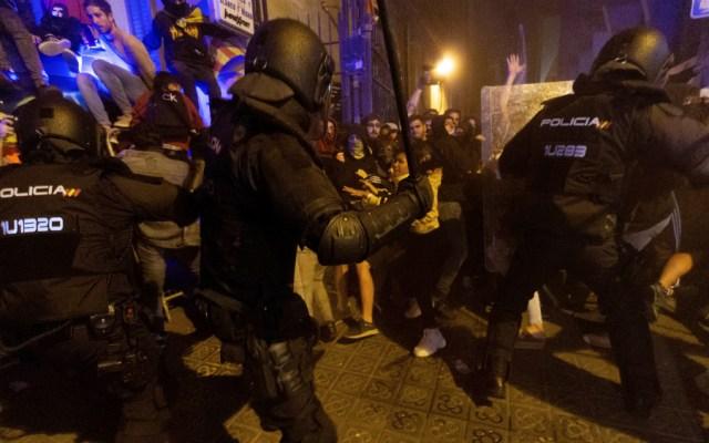 Cargas policiales en Barcelona contra manifestación independentista - Foto de EFE